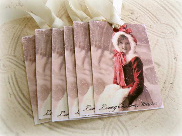 Gift tags Vintage Girl in Muff