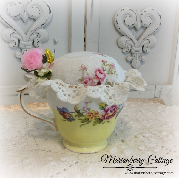 Tea cup Jewelry Pin Keep