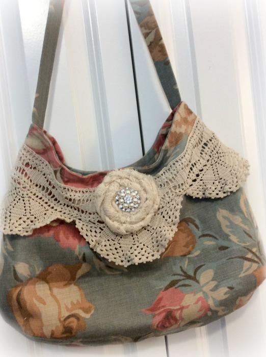 Vintage Roses hobo handbag