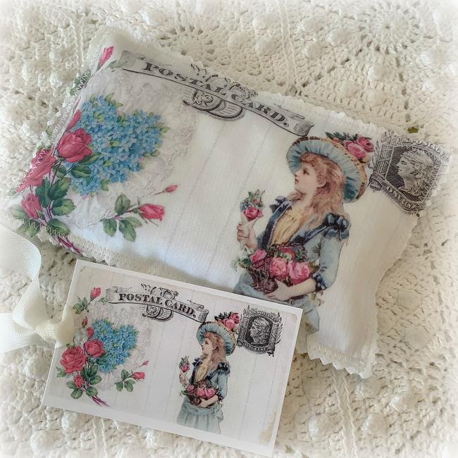 Vintage Victorian Valentine Lavender Postcard Sachet