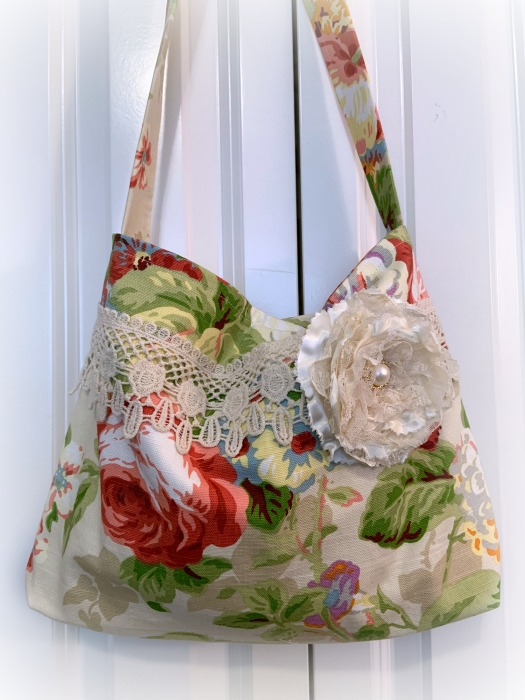 Summer Cottage roses market handbag