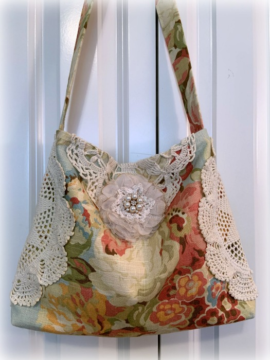 Cabbages Roses Market handbag