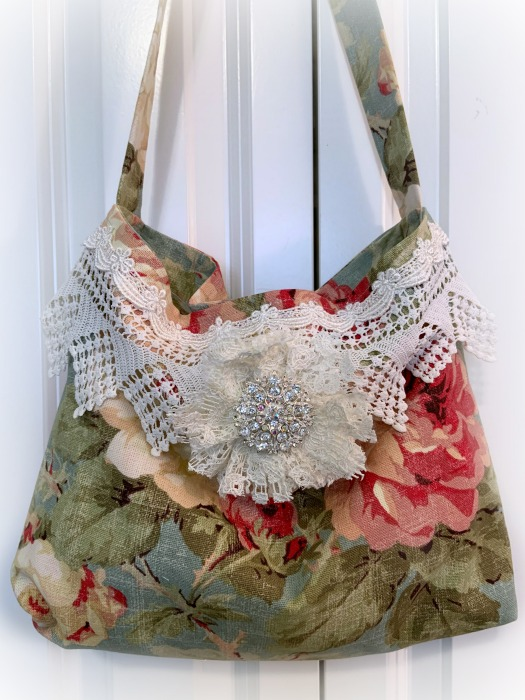 Rich Roses Market tote