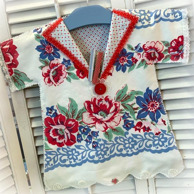 Retro Roses vintage retro clothes pin bag