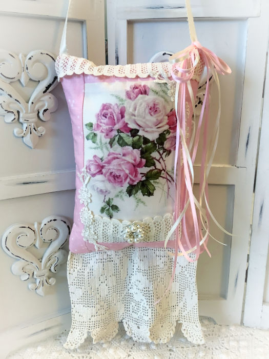 Pink Rose Bouquet KEEPSAKE Gift Pillow w/matching tag and sachet