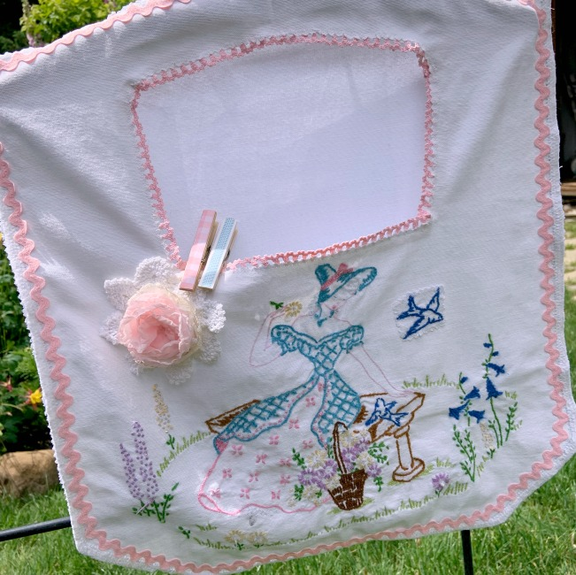 Vintage Southern Belle Clothes pin lingerie bag