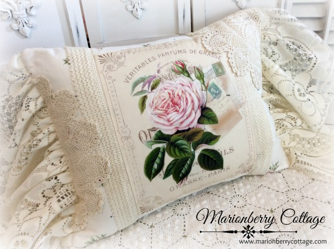 Pink Cabbage rose pillow