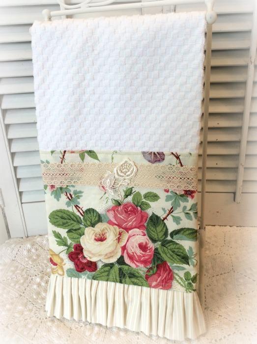 Cabbage Roses bouquet Kitchen towel