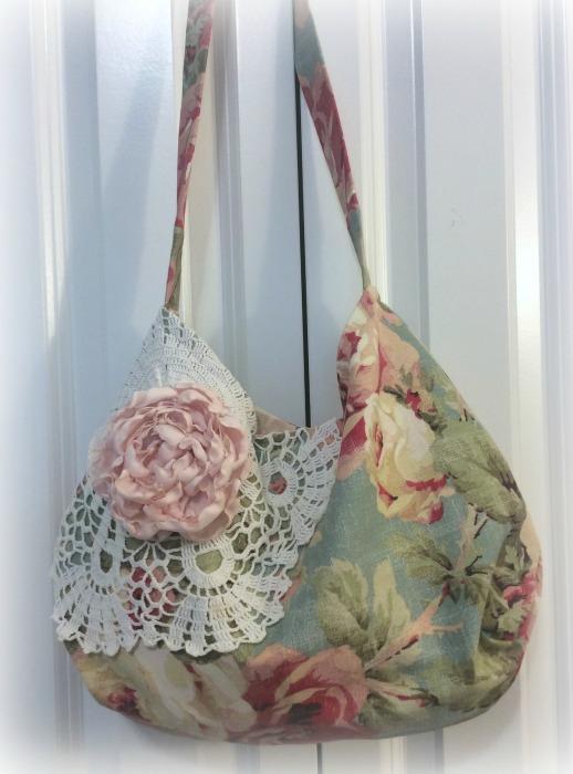 Rich Roses slouchly handbag