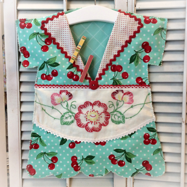 Cherries with vintage embriodery Clothespin/Lingerie bag